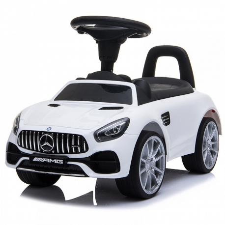 Mercedes AMG-GT mašina paspirtukas su guminiais ratais